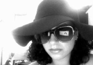 One of my more glamours hats. And an awful laptop reflection in my sunglasses. :(